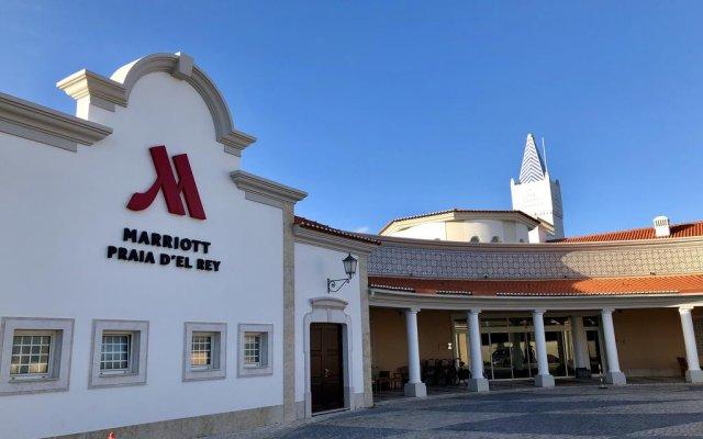 Отель Afonso IV Townhouse Praia del Rey вид на фасад