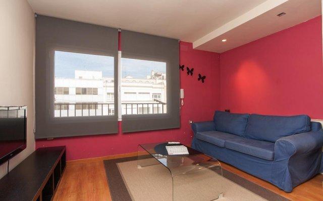 Отель Rambla Suites Барселона комната для гостей