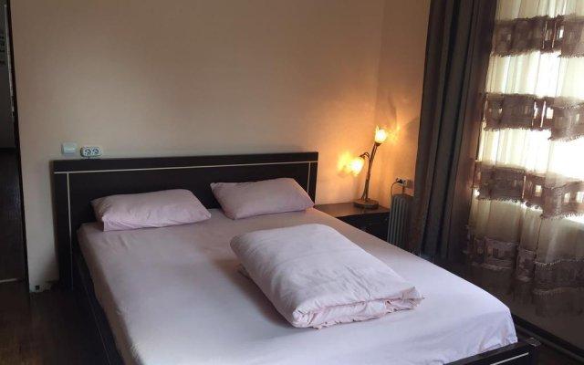 Гостиница Almaty Backpackers комната для гостей