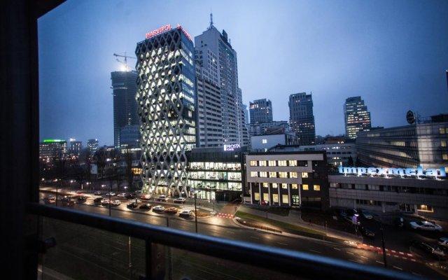 Отель Apartamenty Varsovie Wola City вид на фасад
