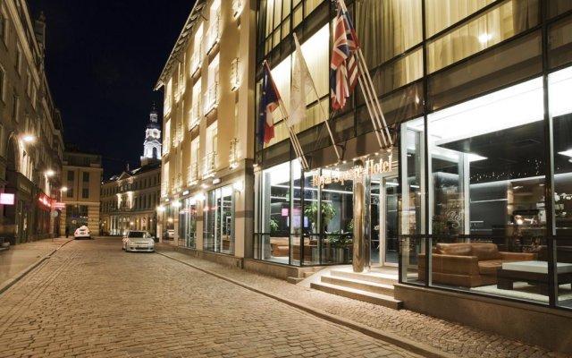 Royal Square Hotel & Suites вид на фасад
