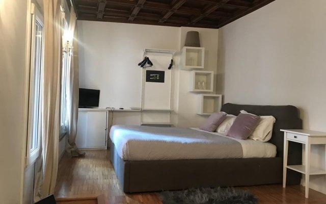 Отель Pantheon Best Suite комната для гостей