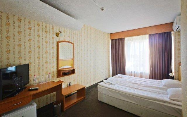 Grand Hotel Kazanluk Казанлак комната для гостей