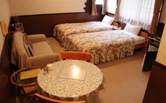 Отель Private House Earth Wind Яманакако комната для гостей