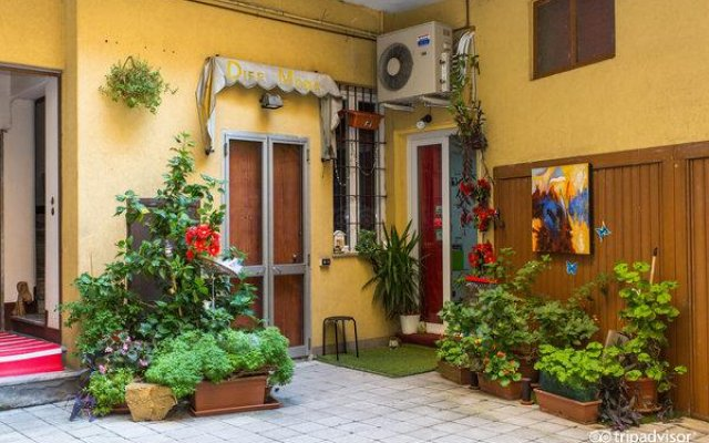 Central Hostel Milano вид на фасад