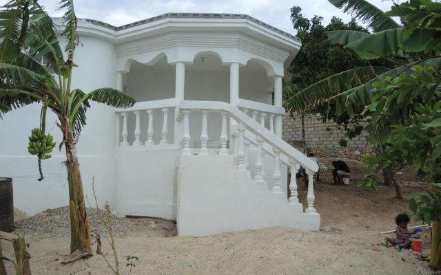 Haiti Private Surf House