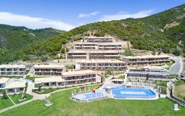 Отель Thassos Grand Resort бассейн