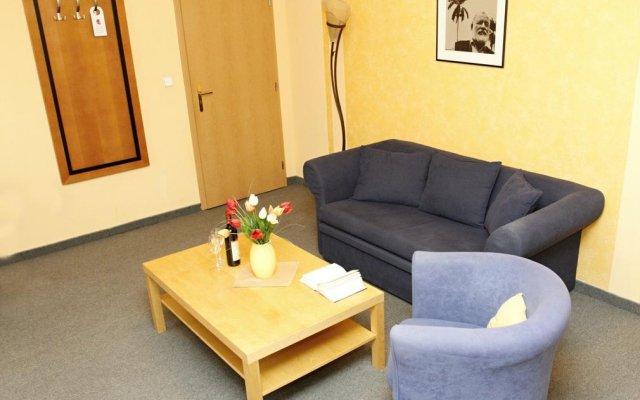 Отель Pension-Apartmany Cesky Dvur комната для гостей