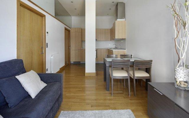 Отель Eder 2 Apartment by FeelFree Rentals Испания, Сан-Себастьян - отзывы, цены и фото номеров - забронировать отель Eder 2 Apartment by FeelFree Rentals онлайн комната для гостей
