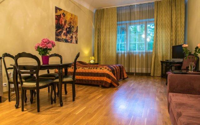 Отель Old Town Sauna Apartment Эстония, Таллин - отзывы, цены и фото номеров - забронировать отель Old Town Sauna Apartment онлайн комната для гостей