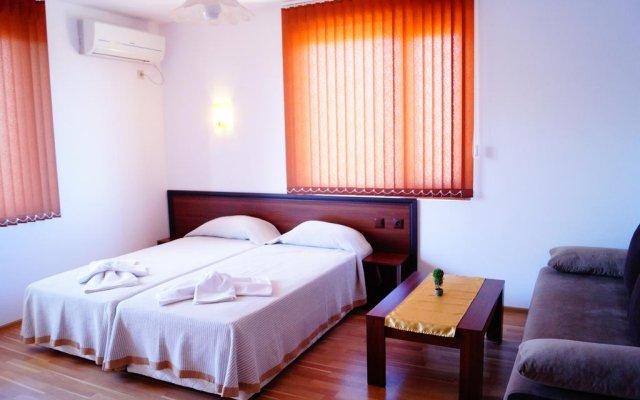Отель Chrystal Guest House Аврен комната для гостей