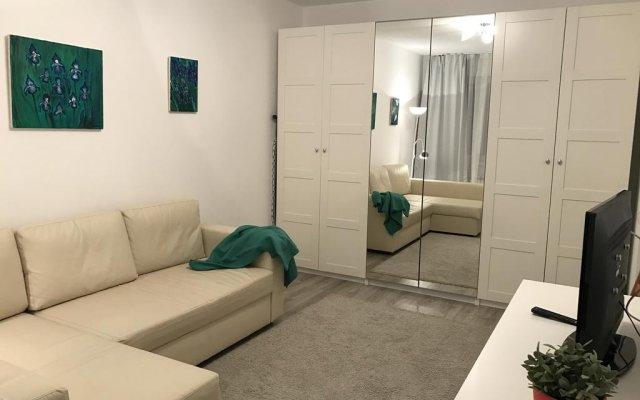 Гостиница Apartaments Sportivnaya 12 комната для гостей