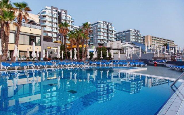 Отель Seashells Resort at Suncrest Мальта, Каура - 1 отзыв об отеле, цены и фото номеров - забронировать отель Seashells Resort at Suncrest онлайн бассейн
