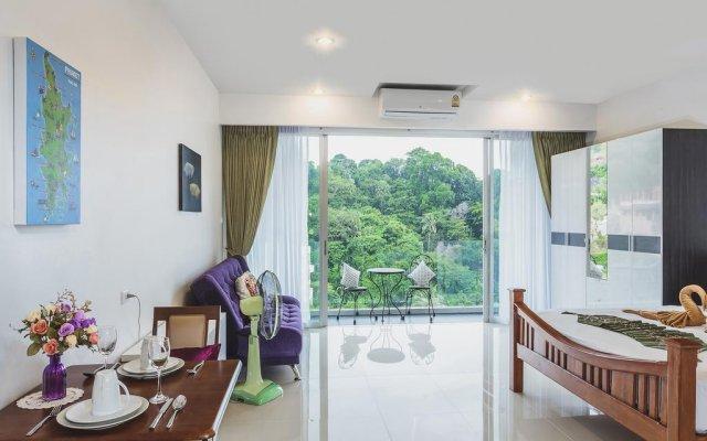 Отель Chic Condominium комната для гостей