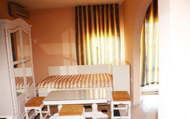 Отель Manz I Болгария, Поморие - отзывы, цены и фото номеров - забронировать отель Manz I онлайн комната для гостей