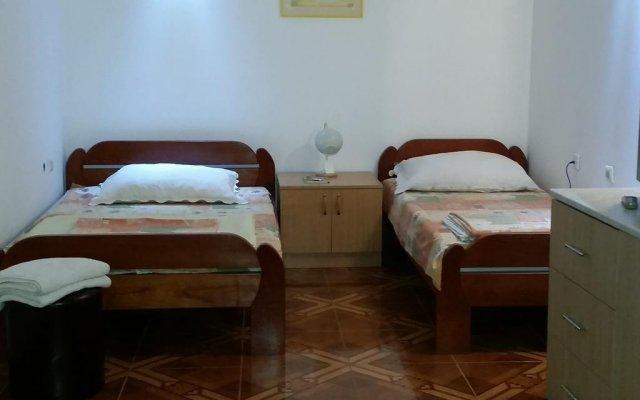 Апартаменты Apartments Maca Нови Сад комната для гостей