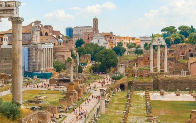 Отель RSH Fori Imperiali Breathtaking View Рим