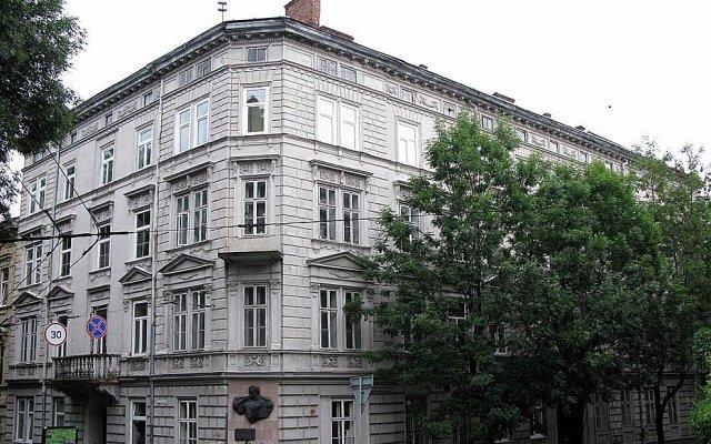Апартаменты Lviv Tour Apartments вид на фасад