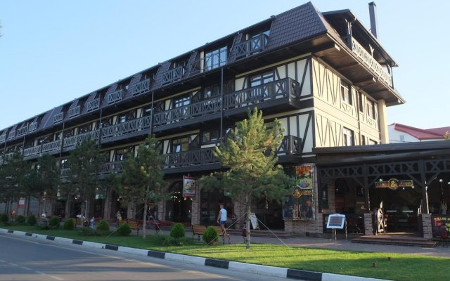 Chalet Provence Hotel 0