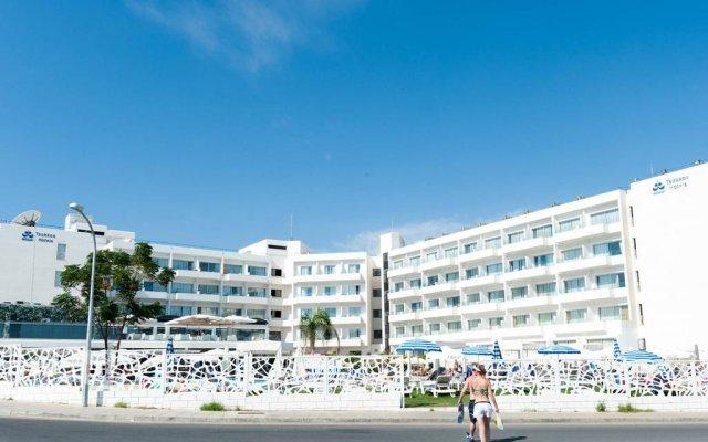 Отель Odessa Beach Протарас вид на фасад