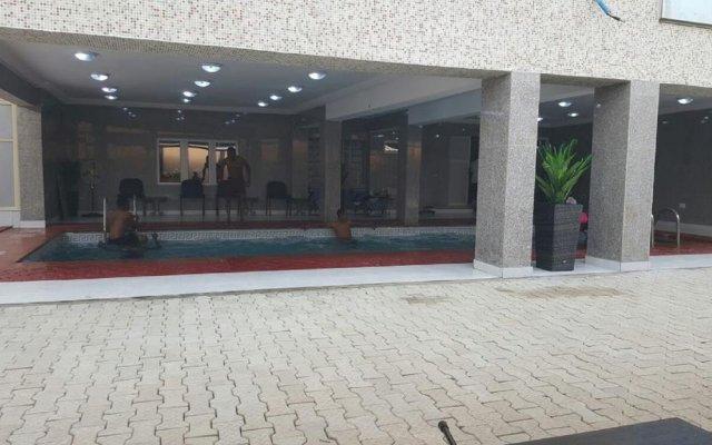 Conference Hotel & Suites Ijebu