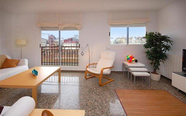 Отель Friendly Rentals Berstein Валенсия комната для гостей