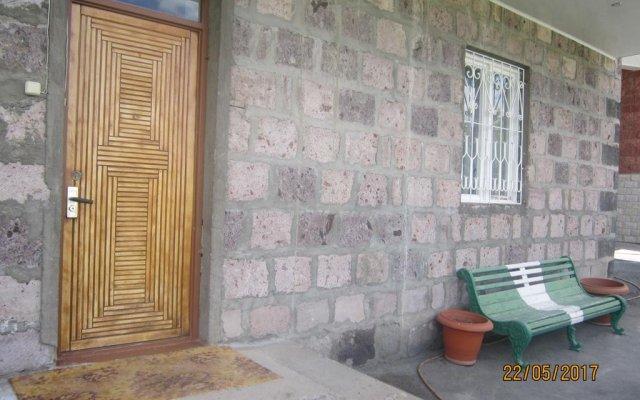 Отель KetcharetsI Private House вид на фасад