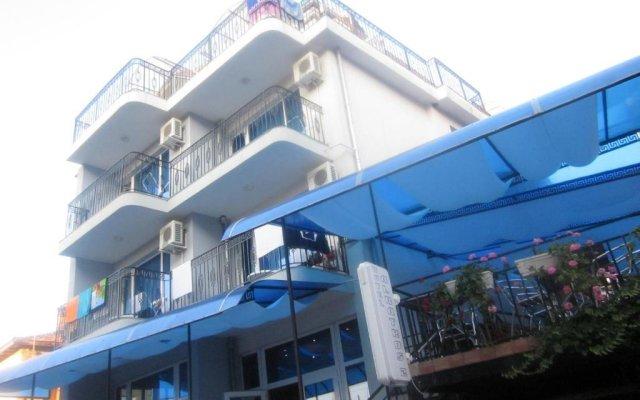 Albatros 2 Family Hotel вид на фасад