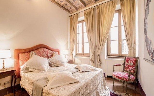 Отель Spanish Steps Up комната для гостей