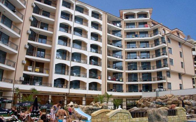 Отель in Karolina Complex Болгария, Солнечный берег - отзывы, цены и фото номеров - забронировать отель in Karolina Complex онлайн вид на фасад