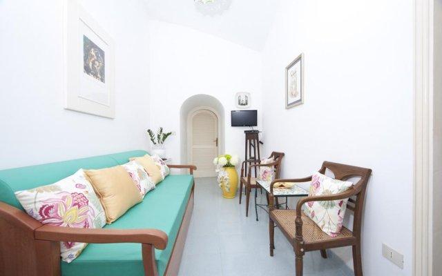 Отель House Sasha Атрани комната для гостей