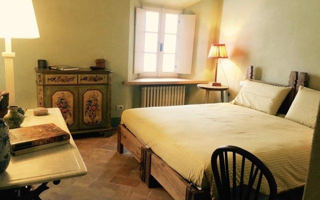 Отель Il Castello di Tassara Сан-Мартино-Сиккомарио комната для гостей