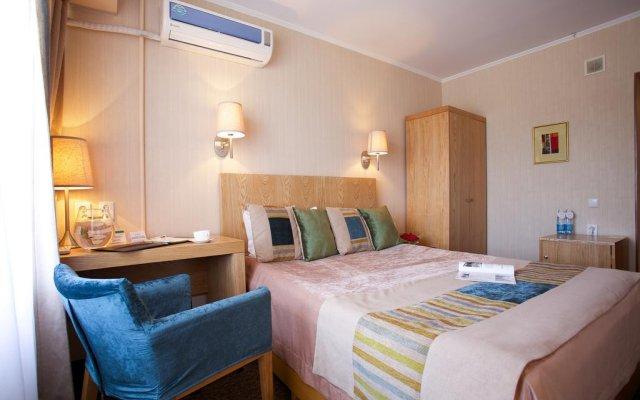 Клаб отель Бишкек комната для гостей