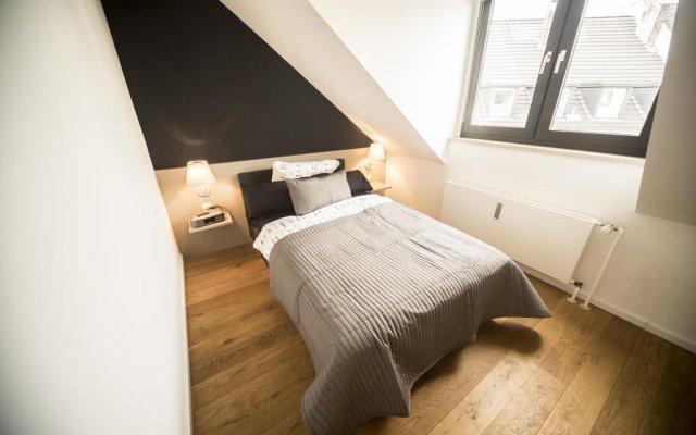 Отель A&M Flat Diamond Кёльн комната для гостей