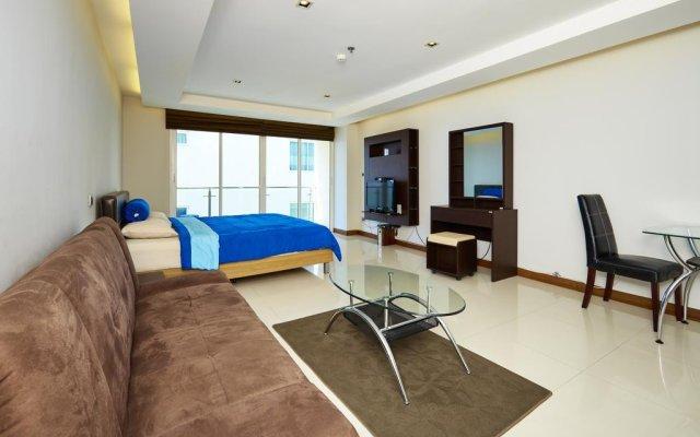 Отель Hyde Park by MyPattayaStay комната для гостей