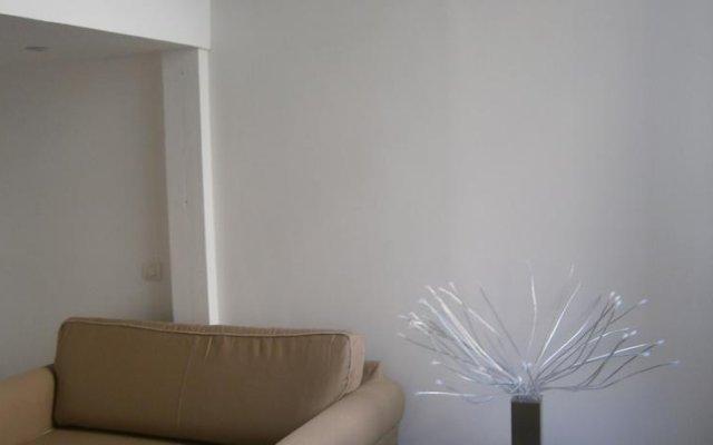 Отель Appartements Croix Rousse - Lyon Cocoon Франция, Лион - отзывы, цены и фото номеров - забронировать отель Appartements Croix Rousse - Lyon Cocoon онлайн комната для гостей