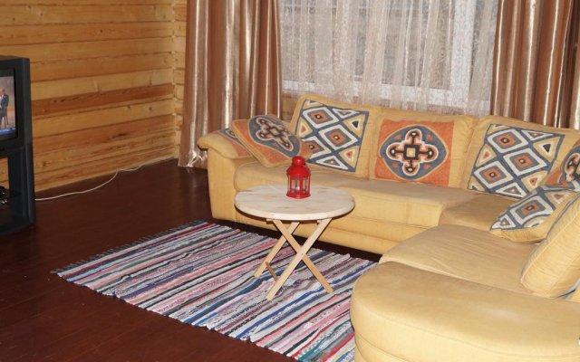 Гостиница Holiday Home In Shkerakh Park комната для гостей