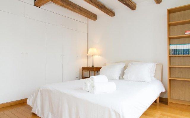 Апартаменты Odeon - Saint Germain Private Apartment комната для гостей