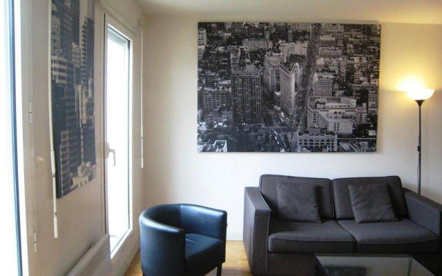 Отель Lappe Terrasse Apartment Франция, Париж - отзывы, цены и фото номеров - забронировать отель Lappe Terrasse Apartment онлайн комната для гостей