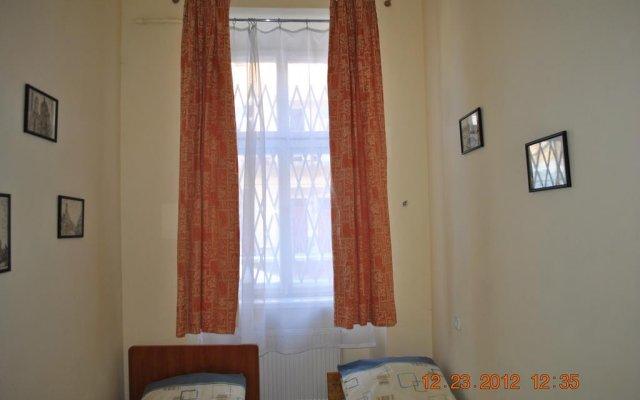 Хостел Комфорт комната для гостей