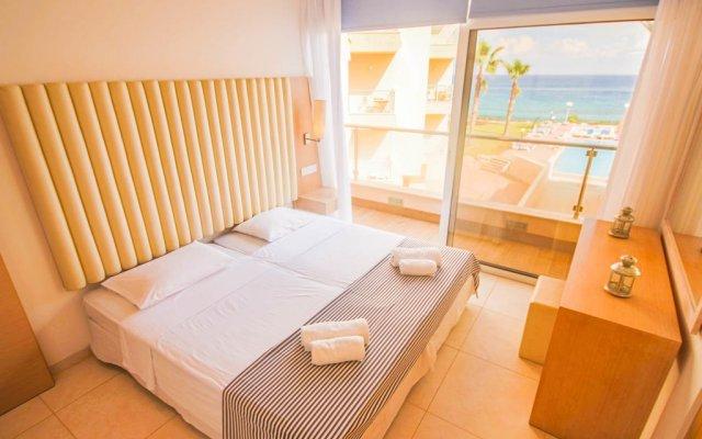 Отель Fig Tree Bay Apartments Кипр, Протарас - отзывы, цены и фото номеров - забронировать отель Fig Tree Bay Apartments онлайн комната для гостей