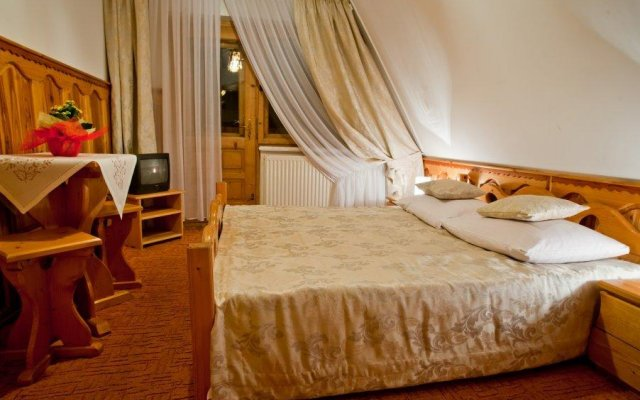 Отель Polakówka Поронин комната для гостей