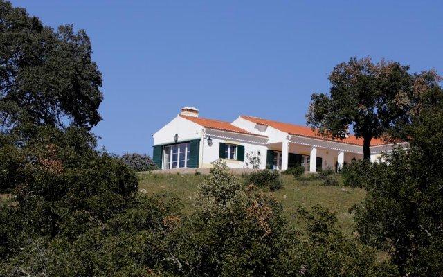 Отель Monte do Arrais вид на фасад