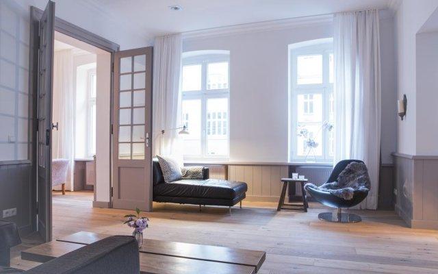 Отель Schoenhouse Apartments Германия, Берлин - отзывы, цены и фото номеров - забронировать отель Schoenhouse Apartments онлайн комната для гостей