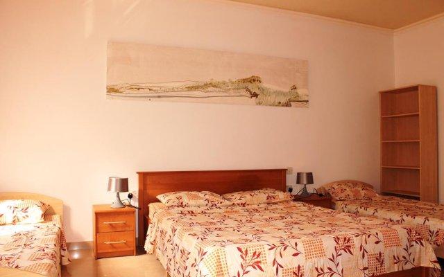 Апартаменты Seaspray Apartments Сан Джулианс комната для гостей