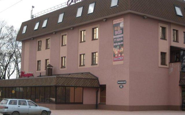 Angel Hotel вид на фасад