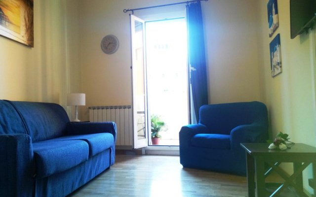 Апартаменты Laterano Apartment Рим комната для гостей