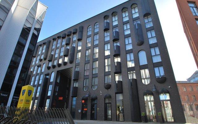 Апартаменты Rotermann Deluxe Studio вид на фасад