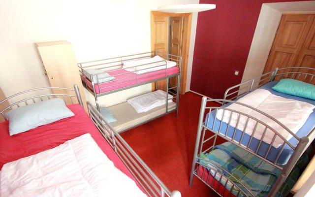 Отель Hostelgate Литва, Вильнюс - отзывы, цены и фото номеров - забронировать отель Hostelgate онлайн комната для гостей
