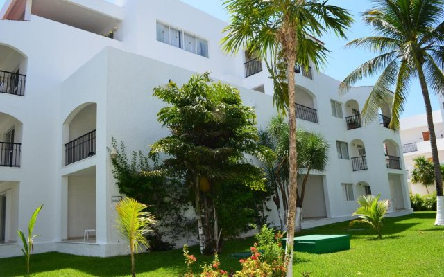 Отель Beachscape Kin Ha Villas & Suites Мексика, Канкун - 2 отзыва об отеле, цены и фото номеров - забронировать отель Beachscape Kin Ha Villas & Suites онлайн вид на фасад